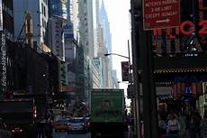 Apartment Movers Manhattan by Movers Manhattan Ny Movers Dumbo Moving And Storage Nyc