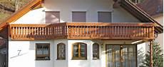 M 252 Ller Balkone Wartungsfrei Hpl Aluminium Und Holz