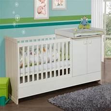 lit et commode bébé lit combin 233 design avec commode et table 224 langer blanc