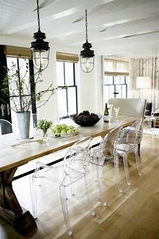 table et chaise transparente pourquoi choisir la chaise design transparente 40 raisons
