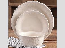 The Pioneer Woman Cowgirl Lace 12 Piece Dinnerware Set