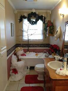 bathroom decorating ideas for decorating a guest bathroom for i am guessing no one will be using the tub