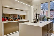 Cuisine Design De Luxe Ouverte Dans Un Appartement