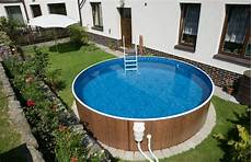 10 differences between above ground swimming pools and in ground swimming pools