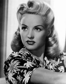 1920s long hair on pinterest 1950s fashion hairstyles 26 best images about margaret brown on pinterest 1950s fashion hairstyles 1920s hairstyles