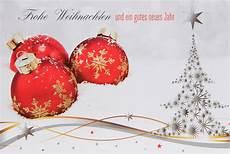 weihnachtskarte klassisch mit roten christbaumkugeln im