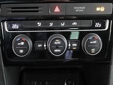 golf sportsvan sitzhöhe volkswagen golf sportsvan sport 1 6 tdi 85kw 115cv diesel 2018 con 17412 km en pontevedra