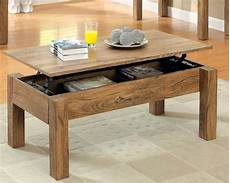 table basse en bois la table basse relevable pour votre salon fonctionnel