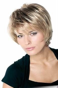 coupe de cheveux femme carré dégradé modele coiffure femme carre degrade