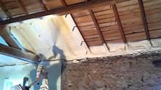 isolation un isolation maison par projection de mousse polyurethane 47