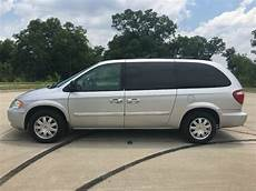 how to fix cars 2007 chrysler town country spare parts catalogs 2001 2007 chrysler town and country repair 2001 2002 2003 2004 2005 2006 2007 ifixit