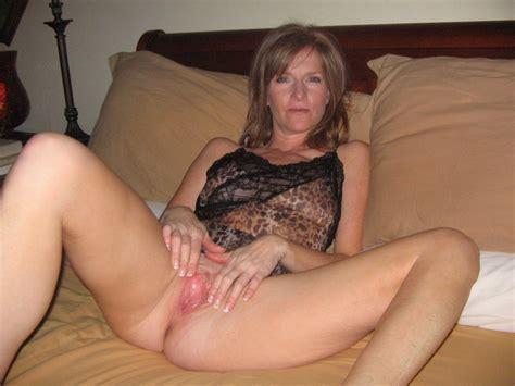 Sleeping Mom Xx