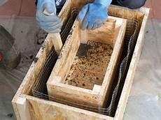 steintröge selber machen wie sch 246 n sind alte viehtr 228 nken aus sandstein die auf