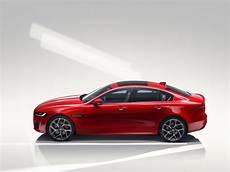 jaguar sedan 2020 jaguar unveils 2020 xe sport sedan model