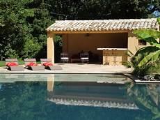 pool house piscine le pool house de la piscine mediterranean pools