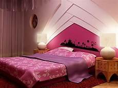 sessel für schminktisch lila schlafzimmer deko