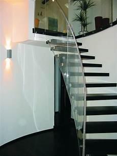 corrimano in plexiglass scale corrimani la tecnoplex lavorazione plexiglass