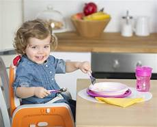 alimentazione bambini 1 anno alimentazione dei bambini da 0 a 12 mesi mamma felice