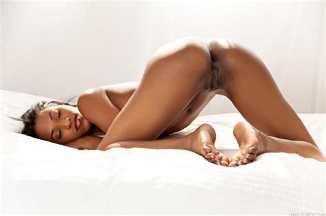 Skinny Thai Nude