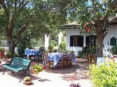 monchique portugal finca mit restaurant und gaestehaus