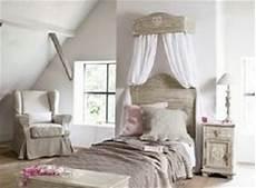 come costruire un letto a baldacchino il letto shabby chic secondo maison du monde arredamento
