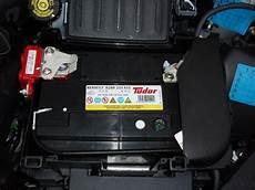 changer batterie clio iii essence clio clio rs