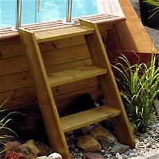 escalier bois piscine hors sol escalier en bois exotique pour acc 232 s aux piscines hors sol