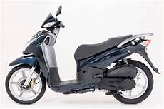 peugeot celebrates with new big wheel lxr 125 scooter