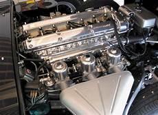 jaguar type e serie 1 4 2 litres chez autodrome cannes