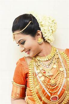 kerala bride in simple traditional hindu bride nose stud kerala traditional jewellary