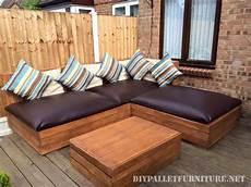 canape exterieur bois canap 233 d angle ext 233 rieur pour une terrasse astuces