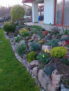 15 Amazing Rock Garden Design Ideas Page 10 Of 15 Yard