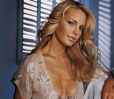Katherine Heigl Siliconeer Katherine Heigl To Star In Sitcom Pilot Our