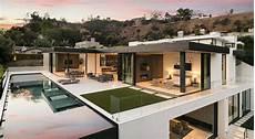 Haus Hanglage Modern - sleek and modern hillside home above sunset plaza la