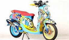 Modif Helm Yamaha by Modifikasi Yamaha Fino Desain Air Brush Diambil Dari