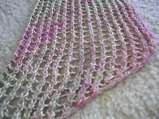 Einfaches Lochmuster Stricken - knitting lace stitches