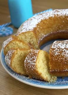 crema con farina di cocco una ciambella con farina di cocco da leccarsi i baffi semplice da preparare profumata e
