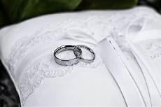 wedding rings pillow photo video cyprus