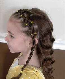 sweet chearleading hairstyles for little
