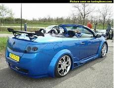view of renault megane 2 0 cabriolet photos