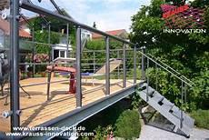 Terrassen Treppen In Den Garten - terrassen deck auf wohnebene mit zugang zum garten direkt