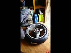 monter ou changer ses pneus moto soi m 234 me chez soi