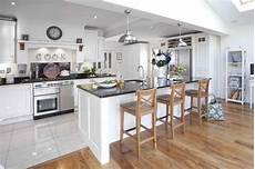 Kitchen Floor Tile Or Hardwood by Tile To Hardwood Transition White Ceramic Tile Light Wood