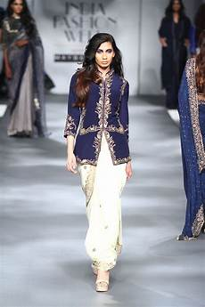 sari 24 7 fall winter 2017 collection india fashion week