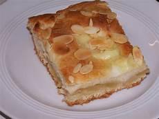 apfelkuchen mit hefeteig lecker bentos und mehr gedeckter apfelkuchen