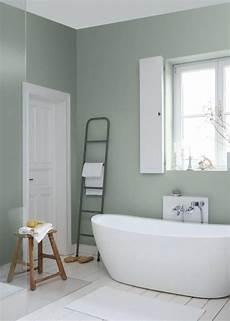wandgestaltung badezimmer farbe wandgestaltung gr 252 n so setzen sie die farbe effektvoll ein badideen badezimmer farben bad