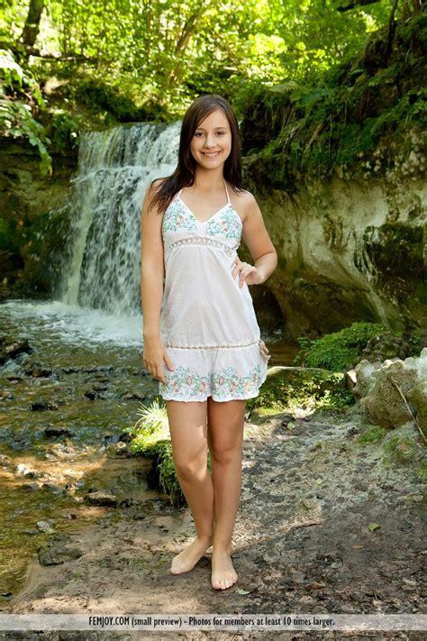 Free Belinda Carlisle Nude Pictures