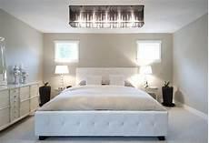 Schlafzimmer Braun Beige Modern - 18 brilliant chandelier designs for your master bedroom