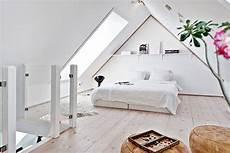 Schlafzimmer Ideen Dachschräge - 37 ultra fabulous attic room design inspirations