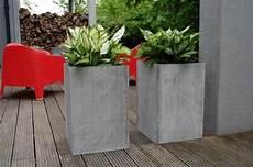 blumenkübel aus beton 2er set blumenk 252 bel pflanzk 252 bel aus beton faserbeton